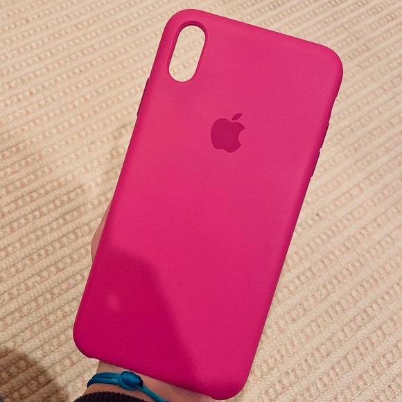 Apple iPhone XS Max Silicone Case in Dragon Fruit